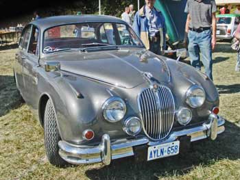 1963-Jaguar-Mark-II-00-v1286_1f_63-MKII-Fr-Rt