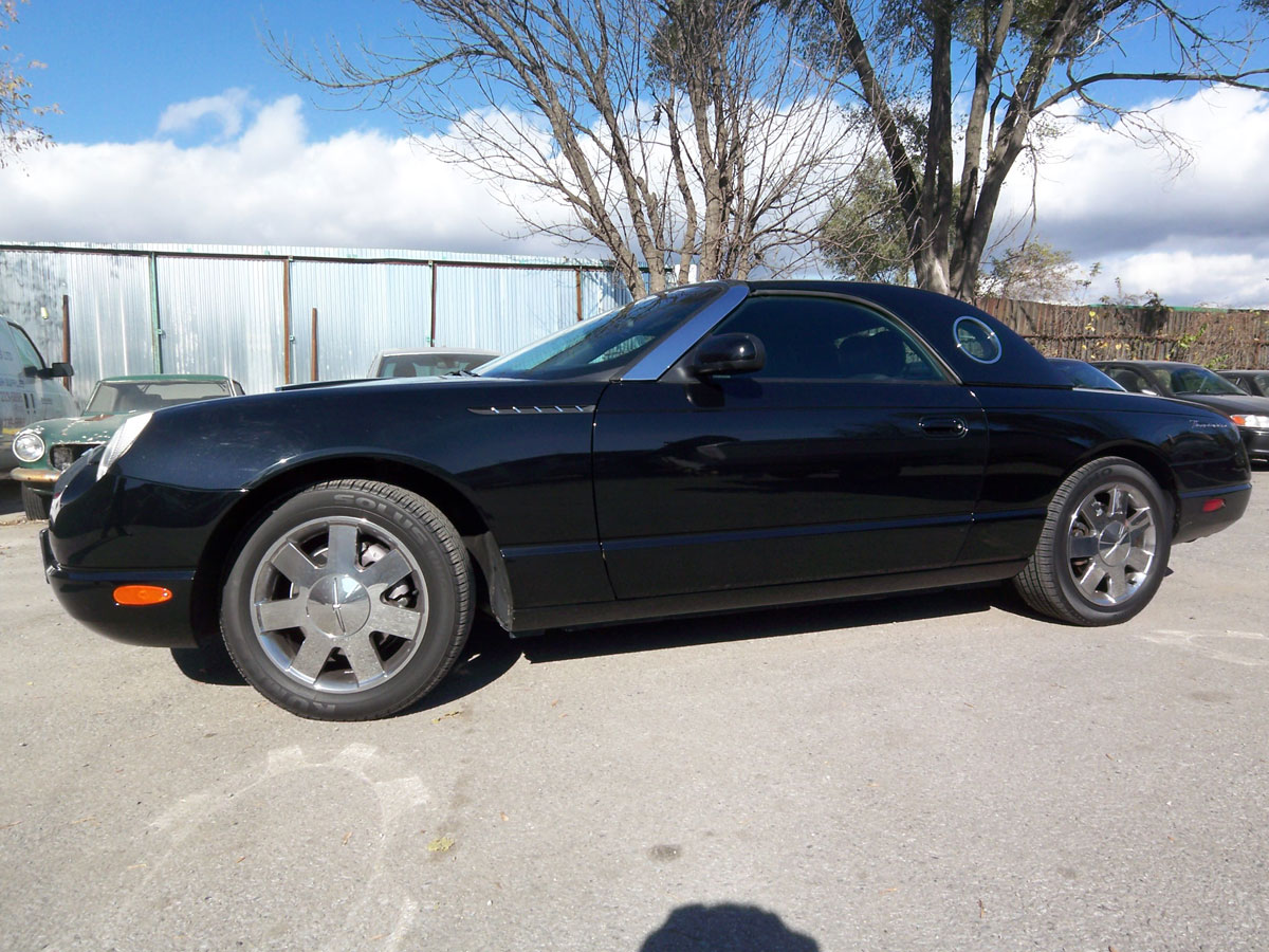 2002 ford thunderbird bramhall classic autos. Black Bedroom Furniture Sets. Home Design Ideas