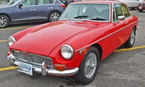 FOR SALE 1974 MG B GT Coupe